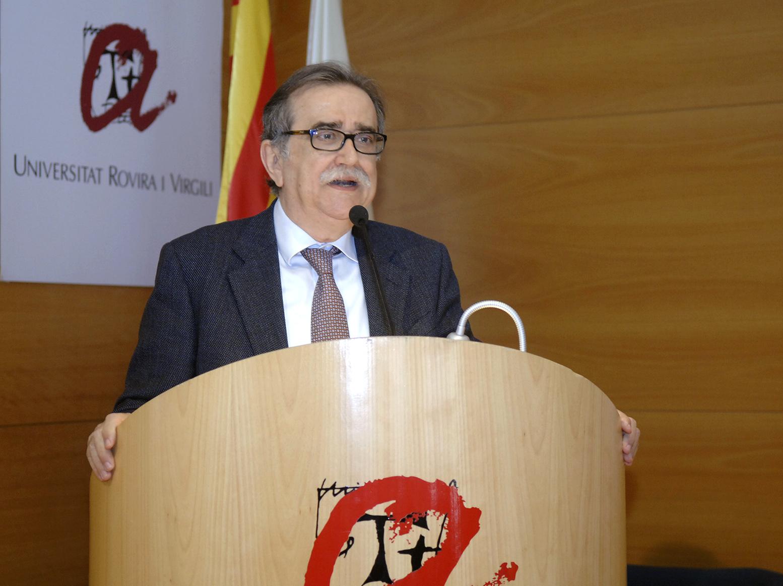 """El periodista Josep Maria Martí ha pronunciat una conferència sobre la """"Comunicació creativa i innovació en la societat-xarxa""""."""