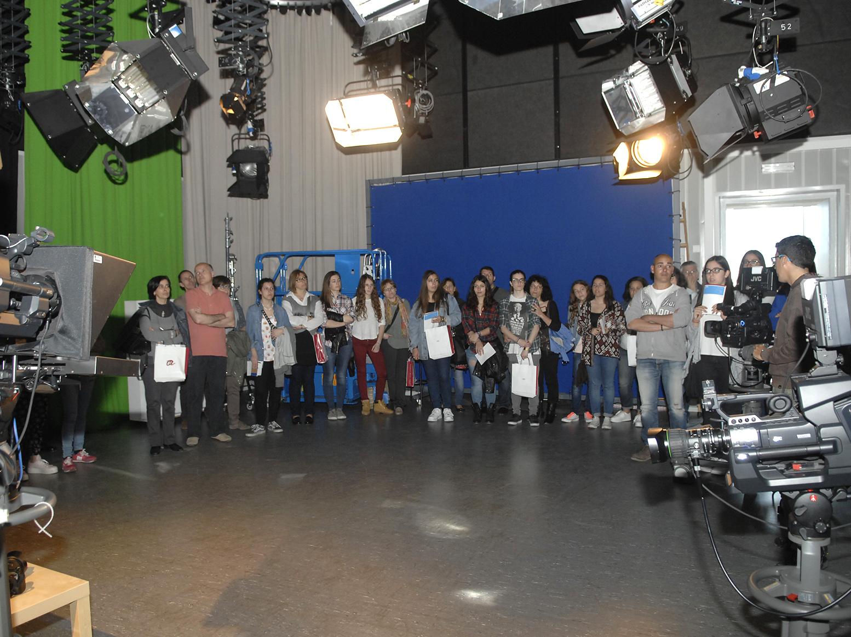 Joves i pares van visitar els estudis de Comunicació, al campus Catalunya