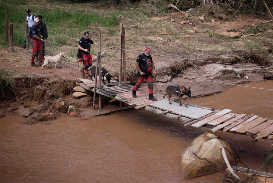 K9 va intervenir l'any 2011 en emergències al Brasil i a Turquia