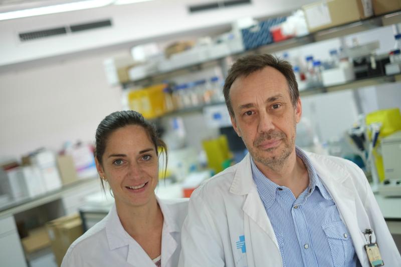 La doctora Sonia Fernández-Veledo i el doctor Joan Josep Vendrell codirigeixen la investigació.
