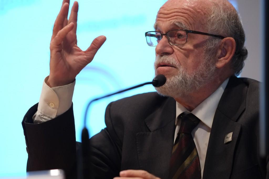 El catedràtic Abel Mariné, durant la conferència inaugural.