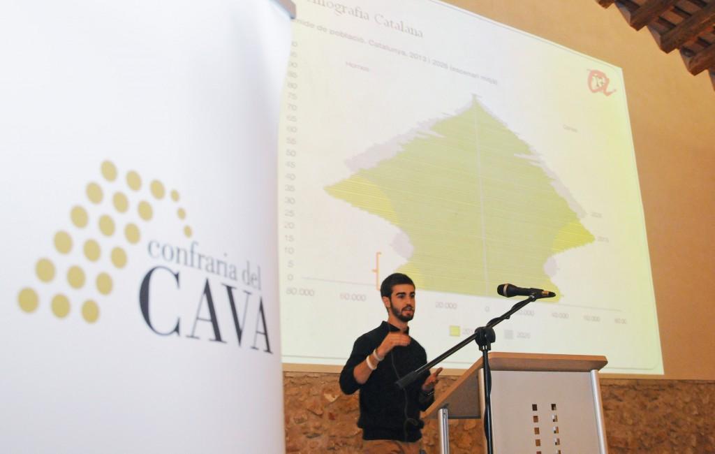 """Presentació de l'estudi """"Anàlisi del consum de cava entre joves universitaris"""", a càrrec de Martí Torrallardona, enòleg graduat de la URV."""