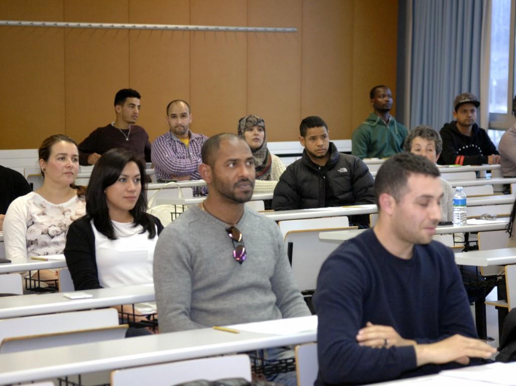 Las aulas del campus Catalunya acogen los exámenes.
