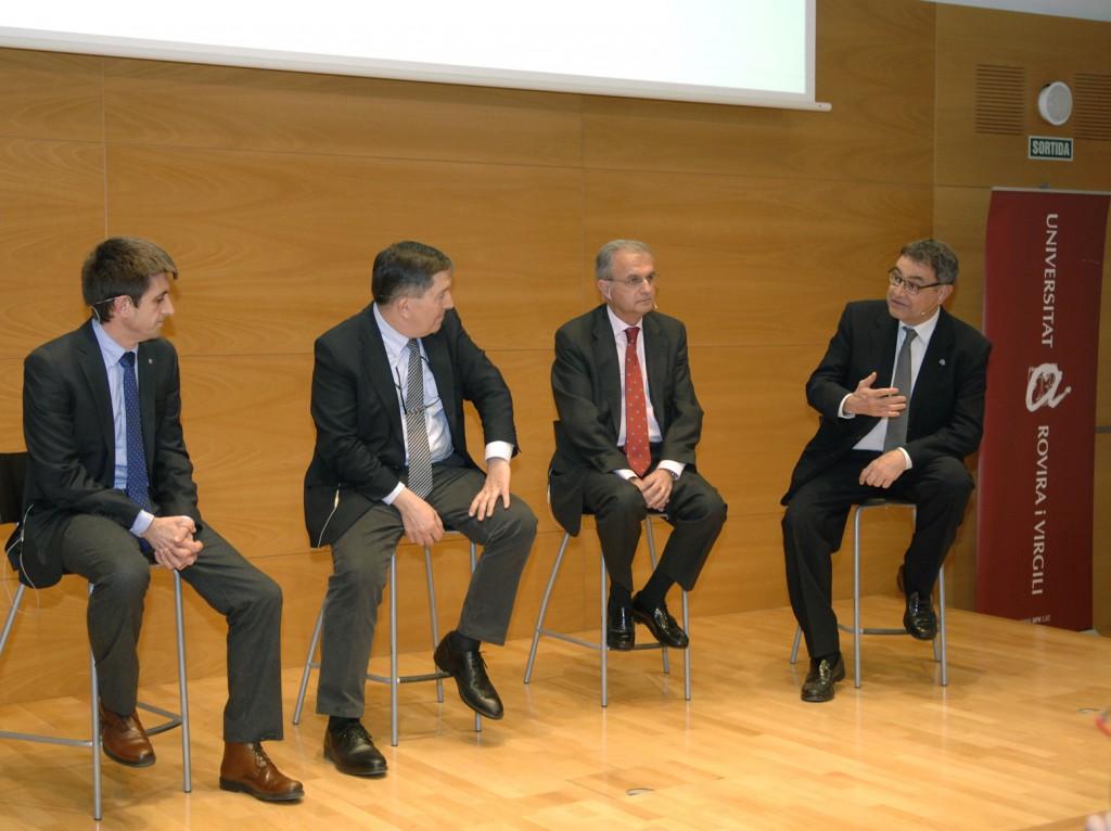 D'esquerra a dreta, Josep Pallarès, Josep Anton Ferré, Ignacio Egea i Joan Pedrerol, a la taula rodona.