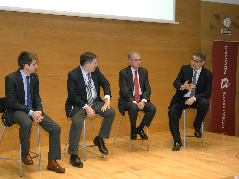 De izquierda a derecha, Xavier Pallarès, Josep Anton Ferré, Ignacio Egea y Joan Pedrerol, en la mesa redonda.
