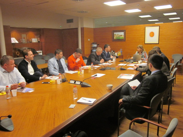 Working session during the meeting between the SZE and the URV