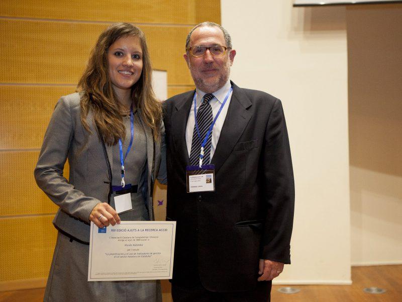 La premiada Nicole Kalemba, amb el professor de la URV i membre del jurat, Fernando Campa.