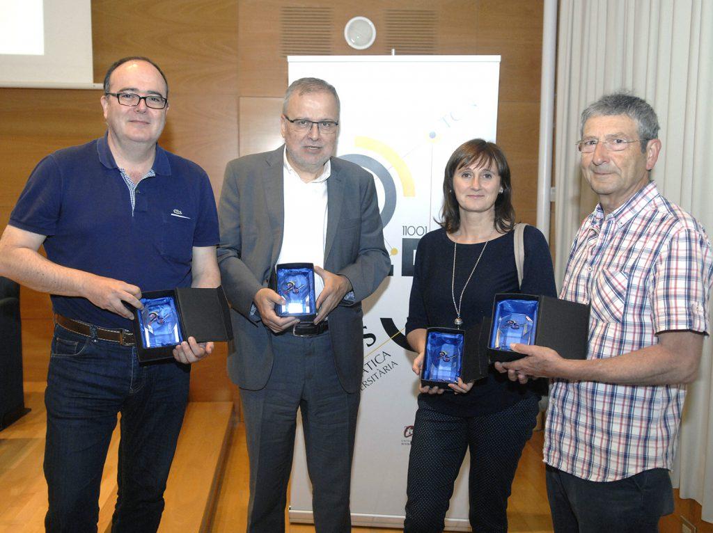 D'esquerra a dreta Josep maria López Besora,Manel Sanromà, Àngels Jové i Joan Manel Ferrer, van formar el primer equip amb el que van arrencar els ensenyaments.