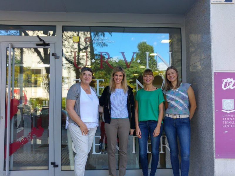 Maria Stathakou from the Aegean University with the I-Center staff