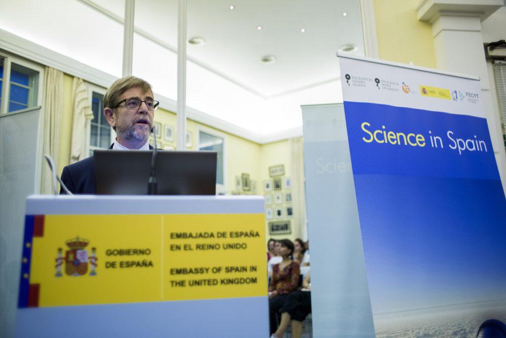 Josep Manel Ricart, en la presentació a Londres