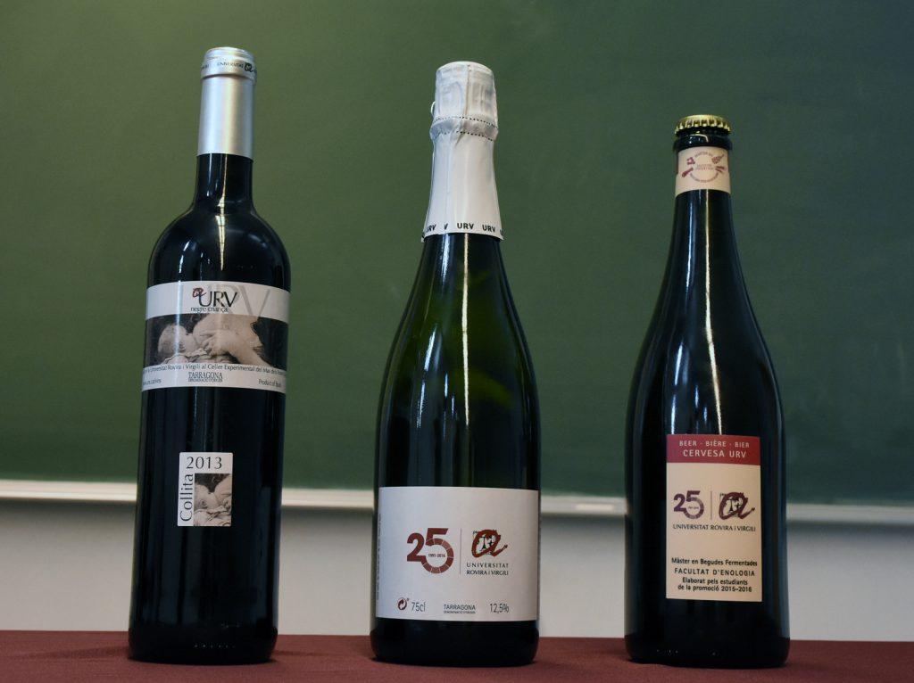 Aquest any s'ha presentat un vi escumós, un vi negre i la primera cervesa elaborada pels alumnes del màster.