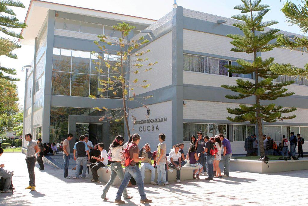 El Centro Universitario de Ciencias Biológicas, a Mèxic.