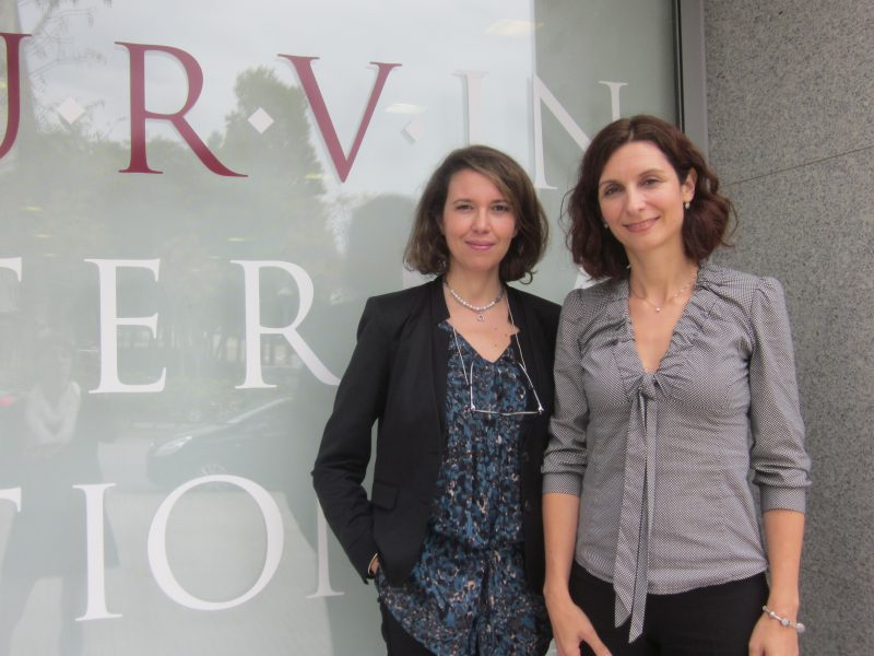 Hakima Fassi-Fihri (left) with the Director of International Relations of the URV, Marina Casals