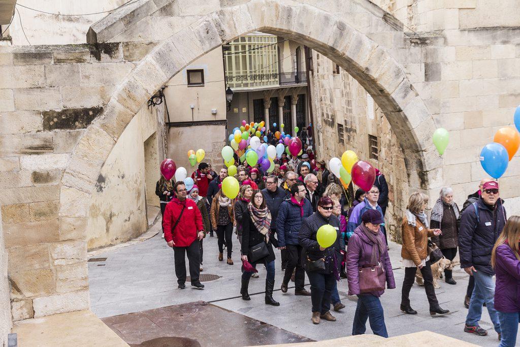 La caminada va sortir del parc Teodor González i va arribar al pavelló firal de Tortosa.