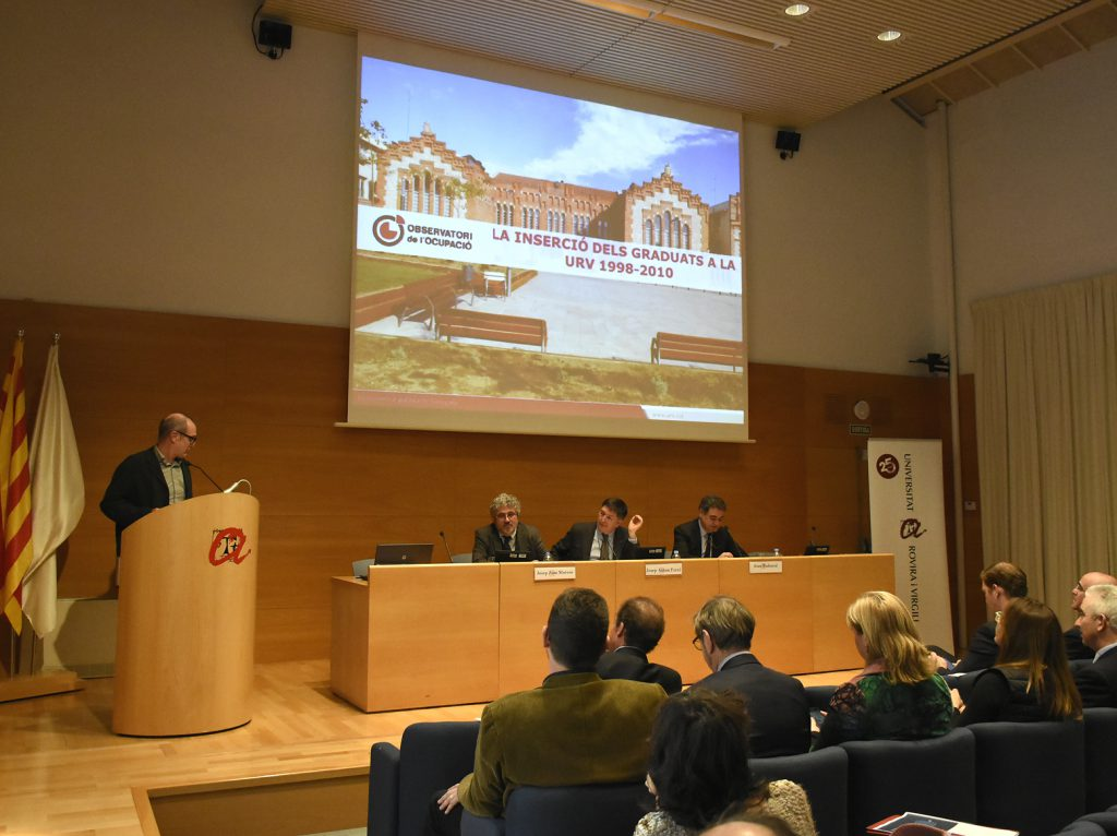 Ferran Mañé, director de l'Observatori de l'Ocupació de la URV, ha intervingut en la Jornada.