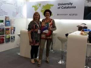 The two representatives from the URV, Mar Gutiérrez-Colón, Vice-Rector for Internationalisation and Charo Romano, director of the Lifelong Learning Centre of the FURV, during the conference