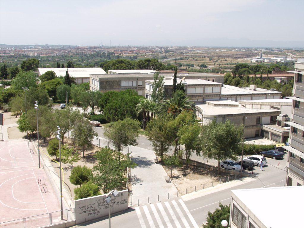 La Facultat de Ciències de l'Educació i Psicologia en la seva ubicació actual, al campus Sescelades.