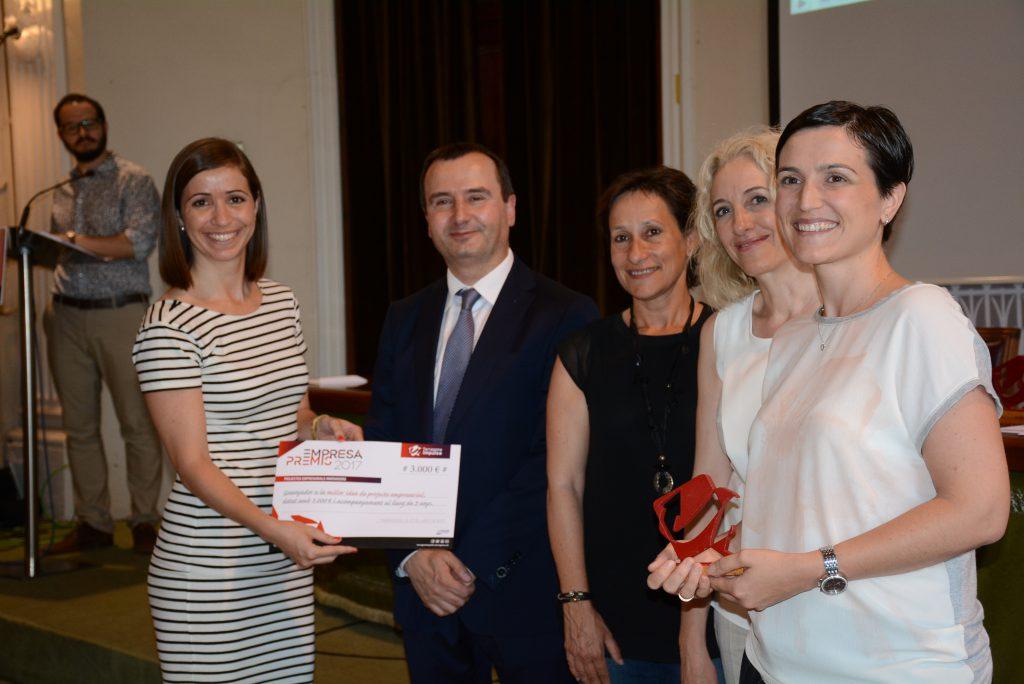 Roser Casanova (dreta) i Elisabet Cerrato (esquerra), impulsores de Litigest Consultores SL.