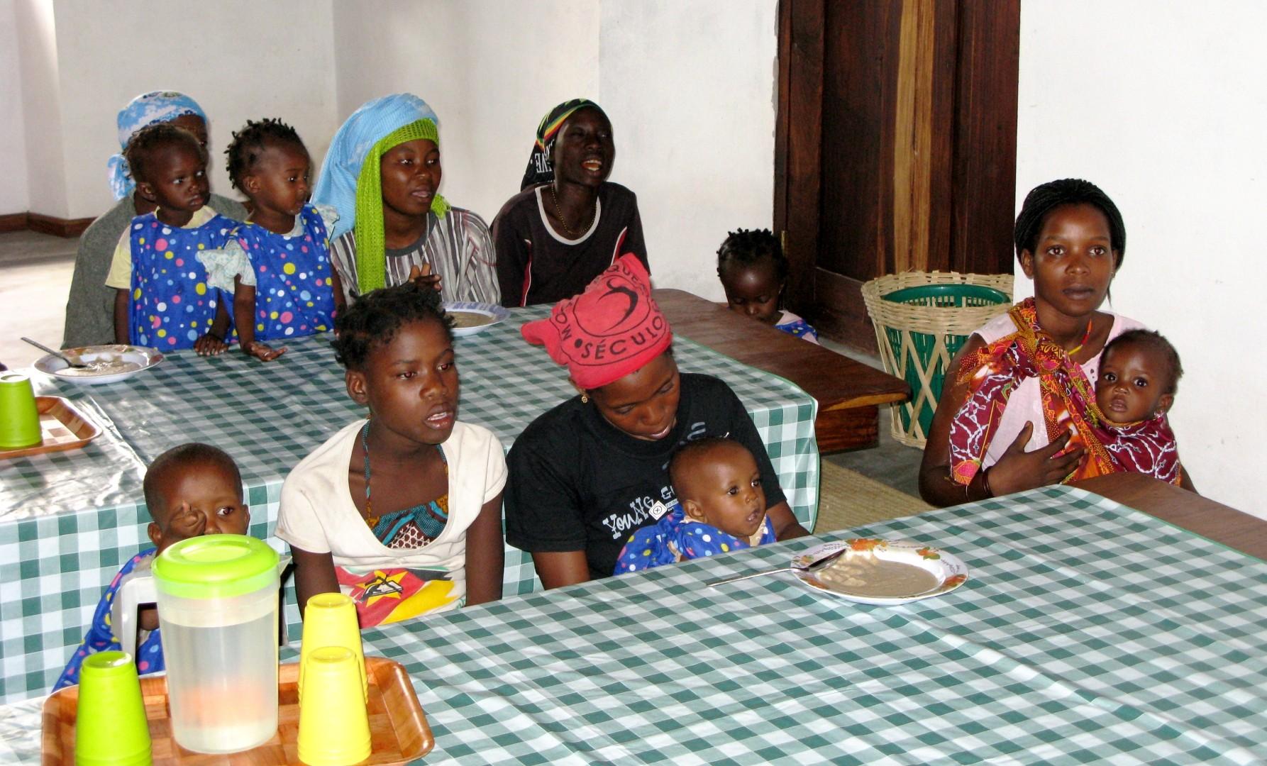 El programa també va incloure una campanya educativa per a mares i cuidadors.
