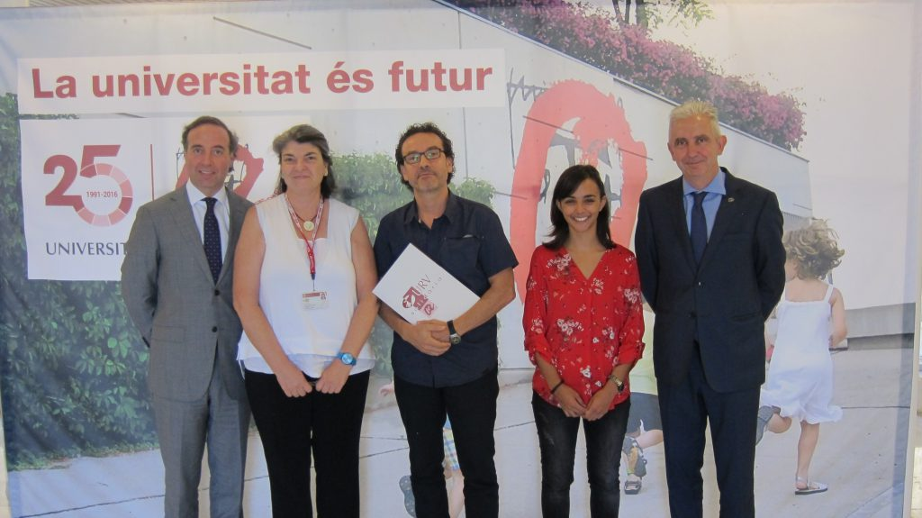 D'esquerra a dreta, Hernán Viguera, Susana de Llobet, Joan Fuster, Avril Lombardi, i Jordi Tous