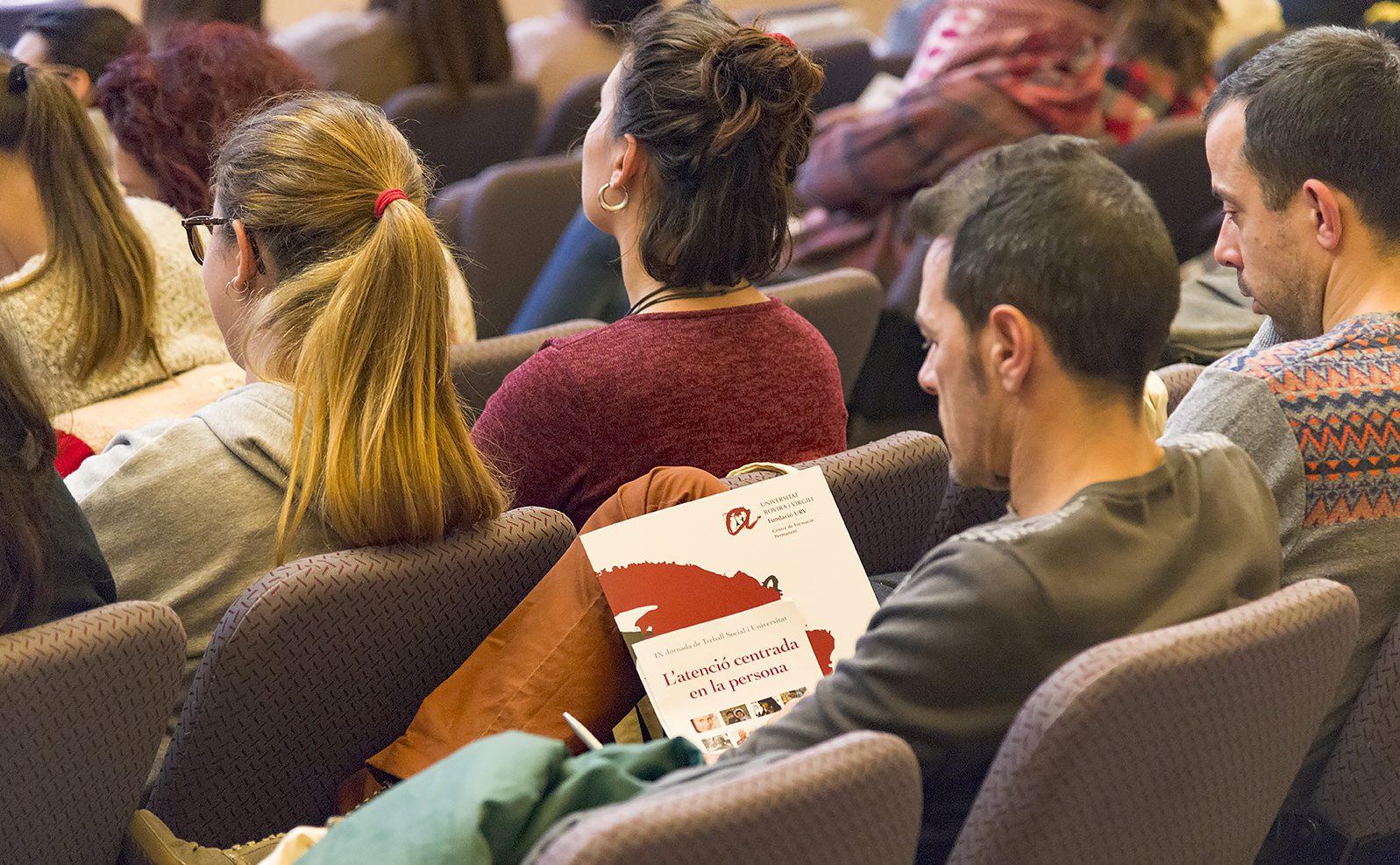 L'atenció centrada en la persona va ser el motiu central de la Jornada.