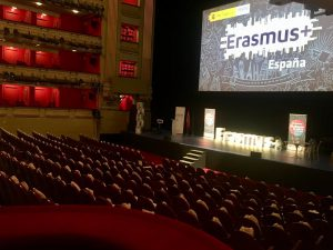 The session was held at the Teatro Real in Madrid.