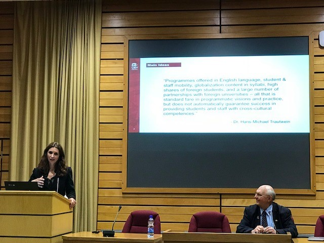 Marina Casals during her participation in the colloquium