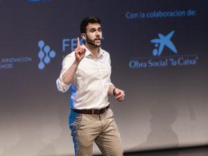 Francisco Algaba durante su actuación.